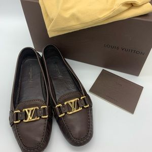 Louis Vuitton LV logo leather loafers